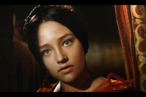 olivia-hussey-as-mother-teresa.jpg