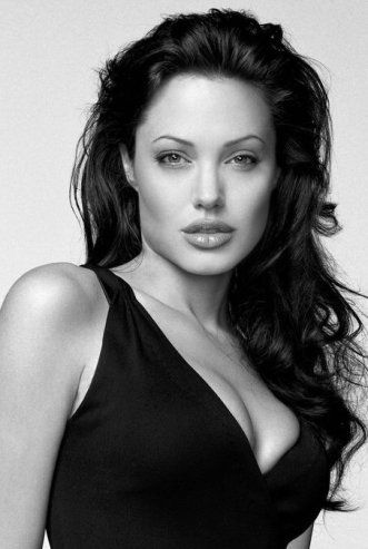 angelina-jolie-lift.jpg