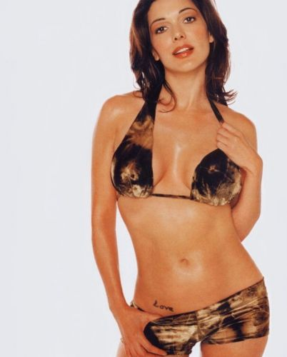 Laura-Harring-2.JPG