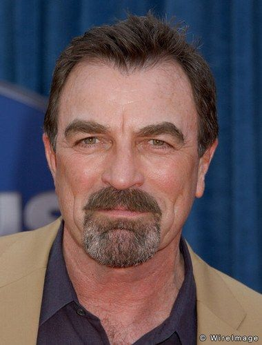 tom-selleck-20070405-235906.jpg