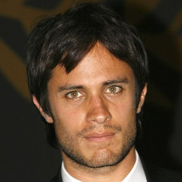 people-gael-garcia-bernal-2490756_1350.jpg