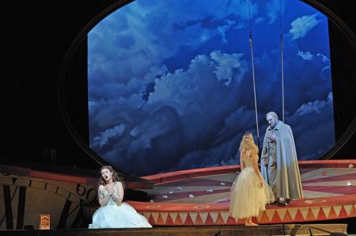 la_traviata_baden-baden_2015_c_andrea_kremper_38_bis.jpg