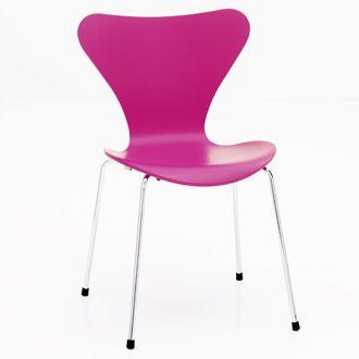 Arne_Jacobsen_Series_7_Chair_3pj.jpg
