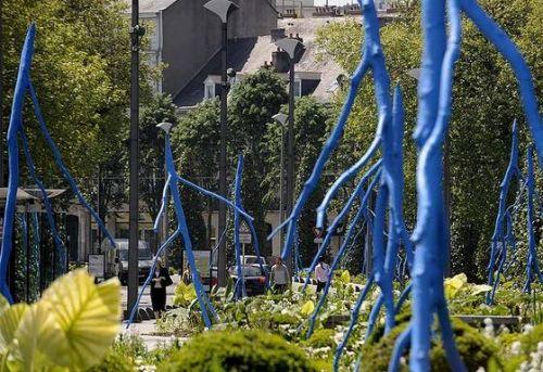 arbres bleus.jpg